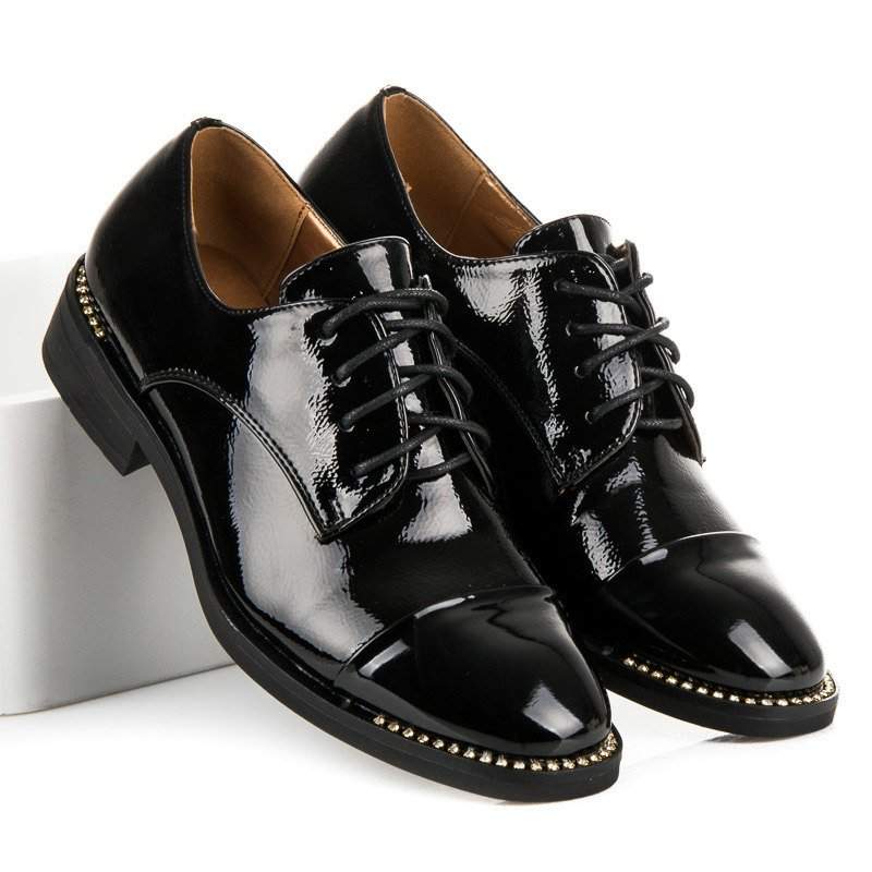 Półbuty damskie czarne lakierowane buty na obcasie botki