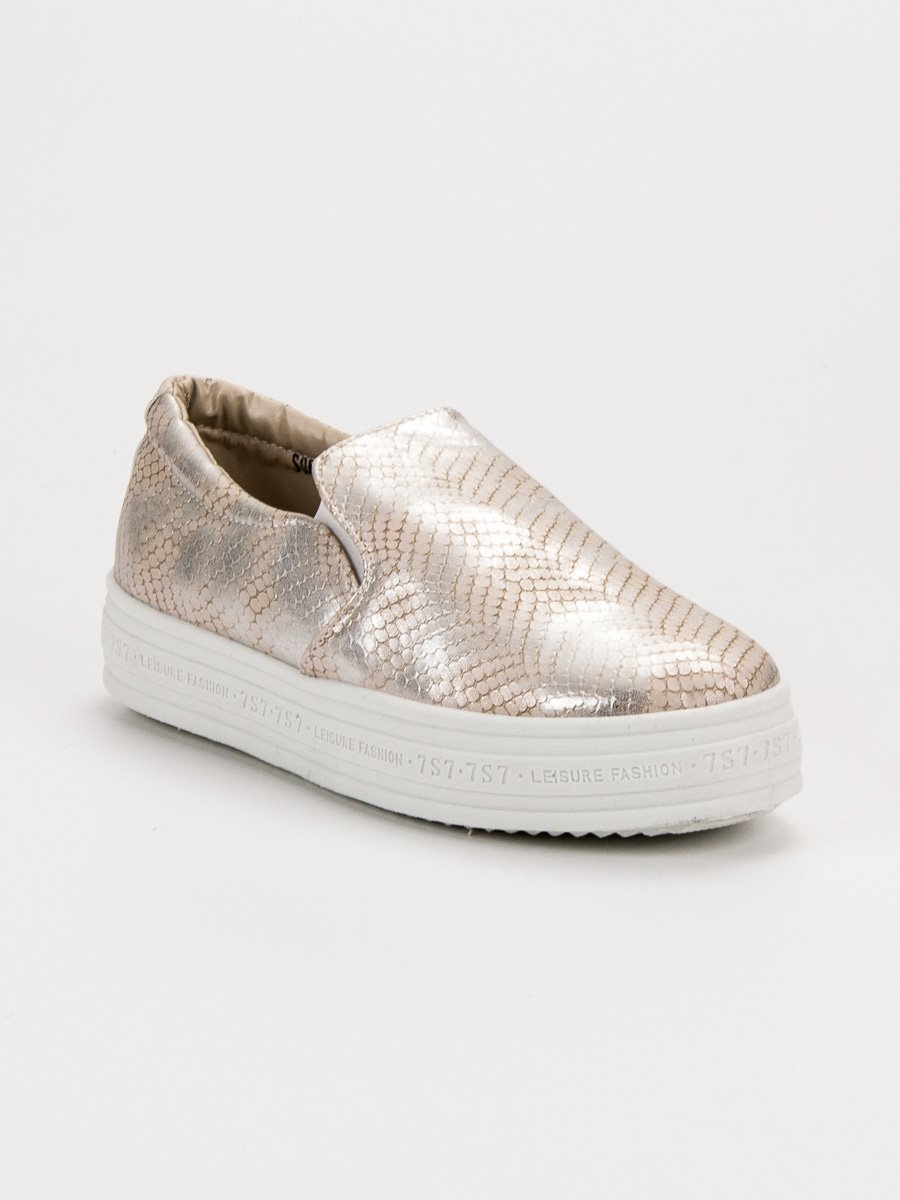 TRAMPKI SLIP ON ANIMAL PRINT